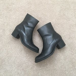 Naturalizer Black Leather Ankle Boots